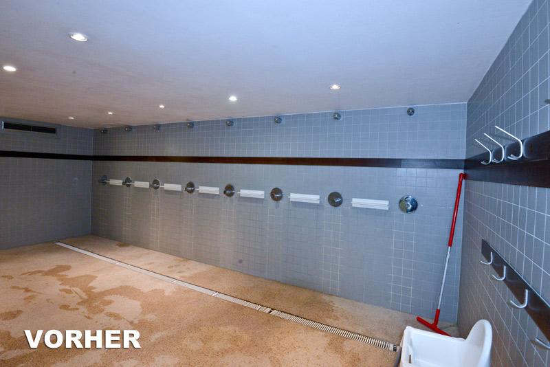 Die Duschen im Monte Mare sind vor der Renovierung alt, unansehnlich und feucht.